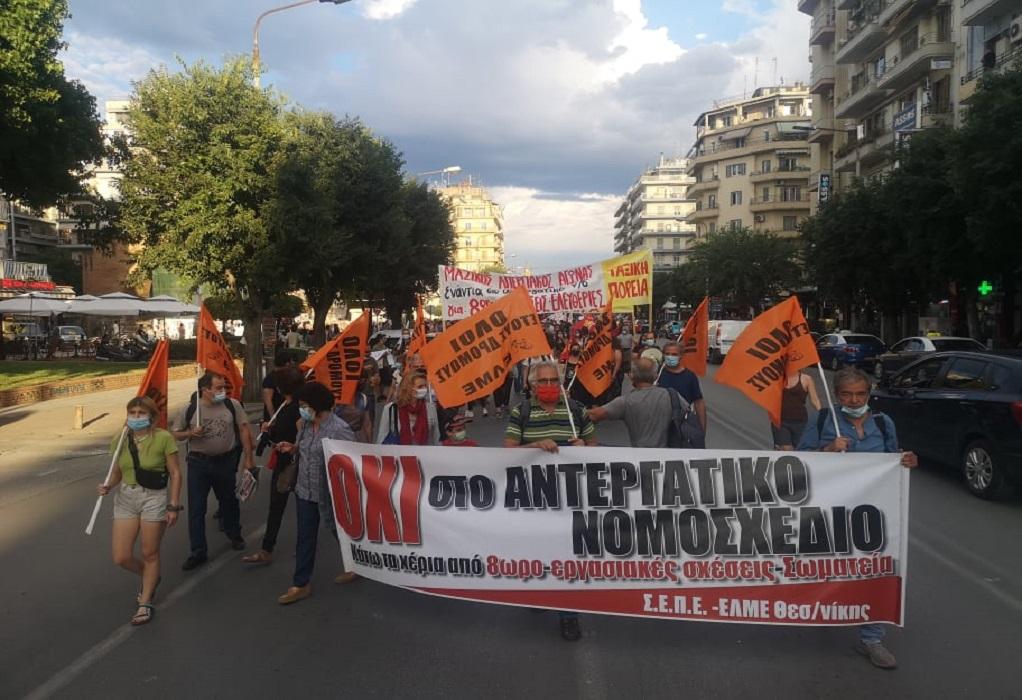 Καμάρα: Νέα πορεία κατά του ν/σ για τα εργασιακά (ΦΩΤΟ- VIDEO)