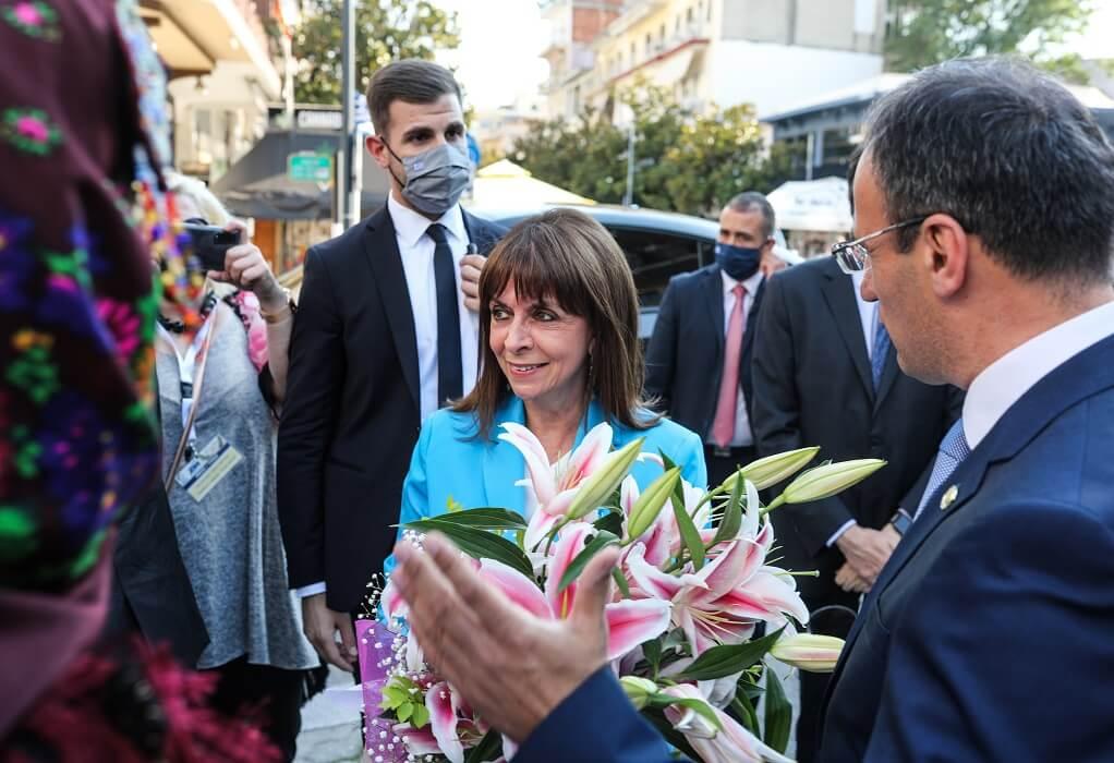 Σέρρες: Ανακηρύχθηκε επίτιμη δημότης η Κατερίνα Σακελλαροπούλου