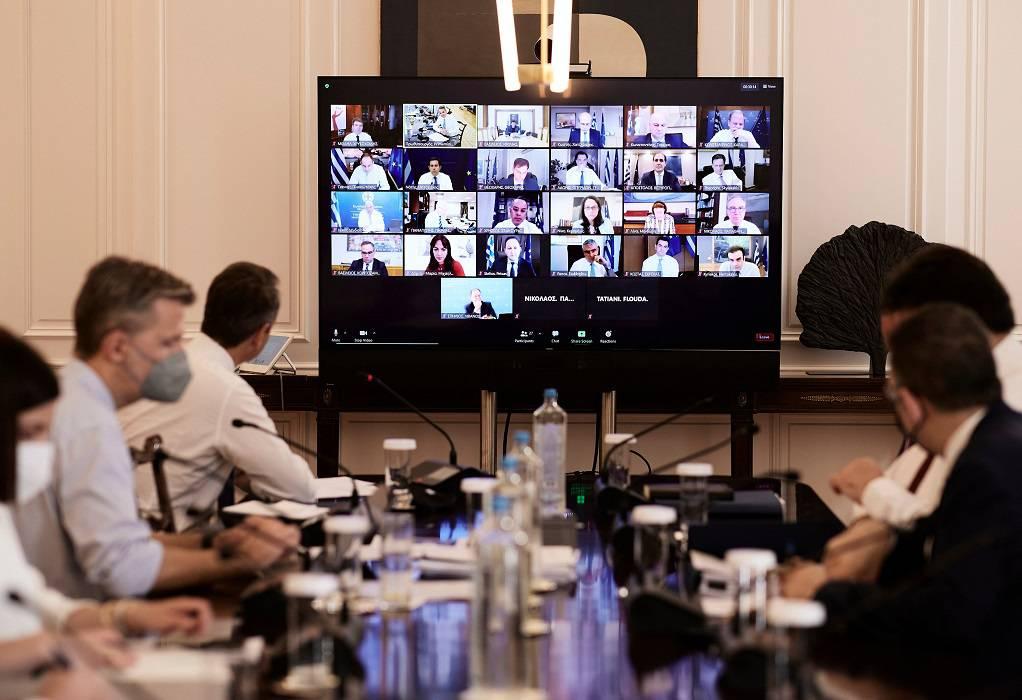 Κ. Μητσοτάκης στο Υπουργικό: Κομβικές πρωτοβουλίες και Μεσοπρόθεσμο σχέδιο