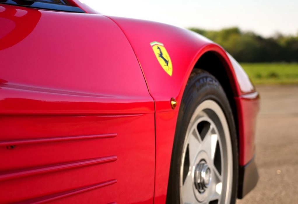 Ferrari:  Επενδύει στην υψηλή ραπτική