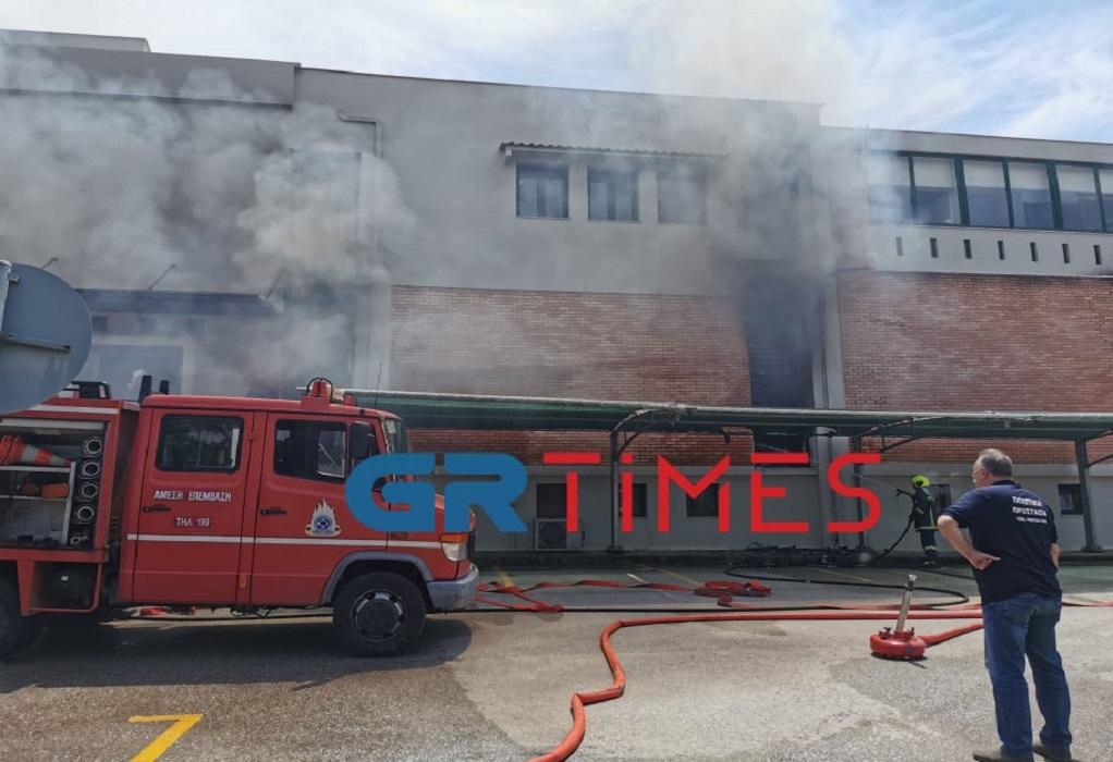 Φωτιά σε αποθηκευτικούς χώρους στον δήμο Θέρμης (ΦΩΤΟ-VIDEO)