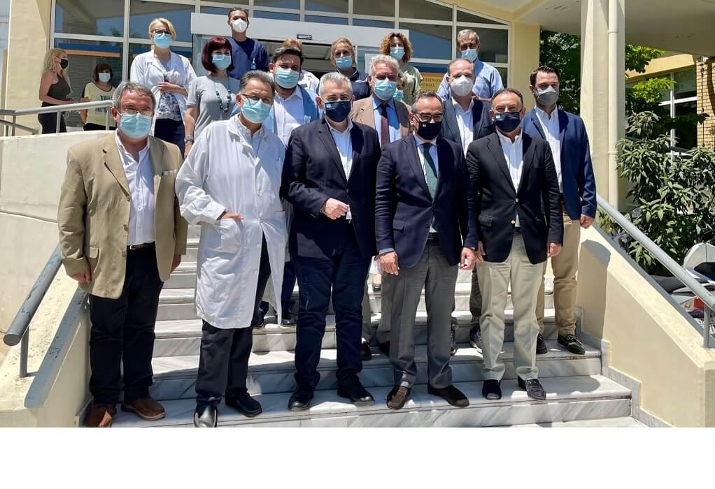 Χαρακόπουλος με Κοντοζαμάνη στη Λάρισα: Έμπρακτη στήριξη της κυβέρνησης στο ΕΣΥ