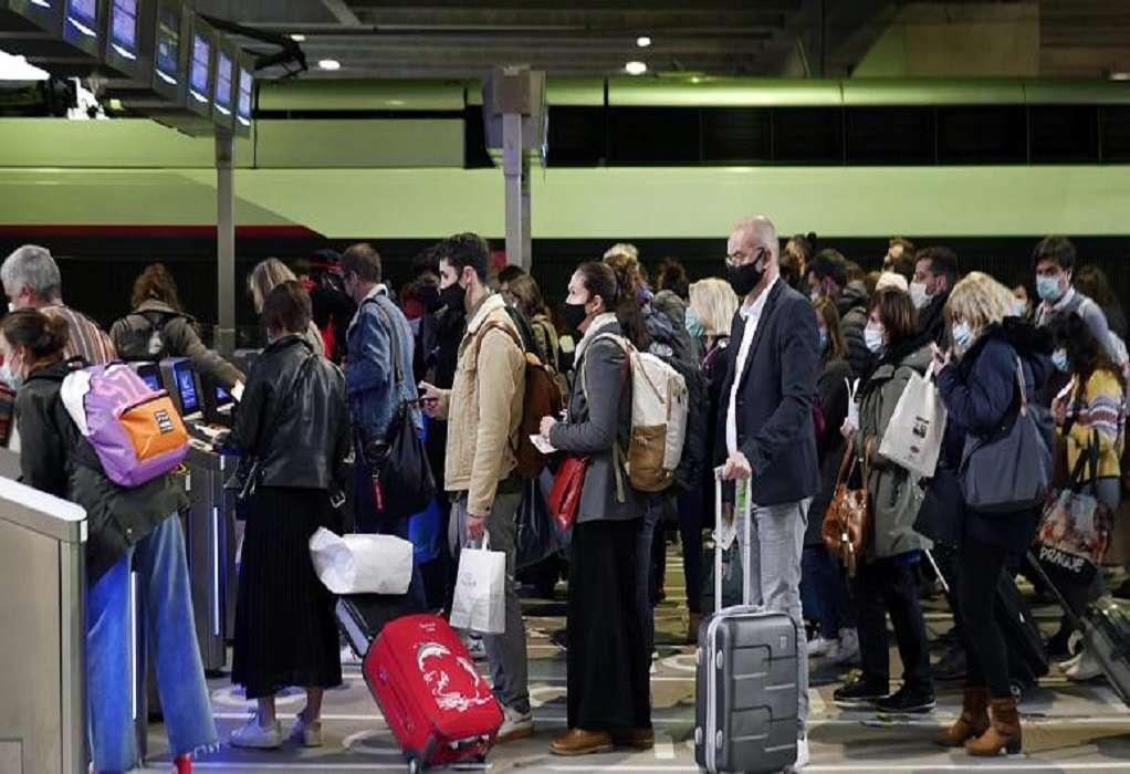 Βρετανία: Τέλος η καραντίνα για εμβολιασμένους που επιστρέφουν από «πορτοκαλί» χώρες