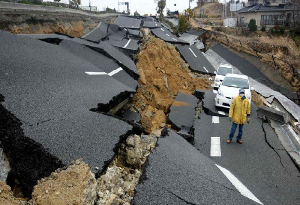 Αλάσκα: Συγκλονιστικά βίντεο και φωτογραφίες από τον σεισμό των 8,2 Ρίχτερ