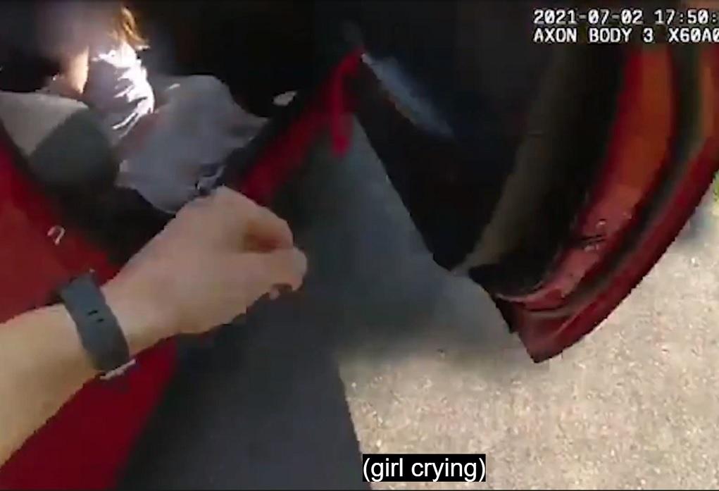 Διάσωση 6χρονης από το αυτοκίνητο του απαγωγέα της (VIDEO)