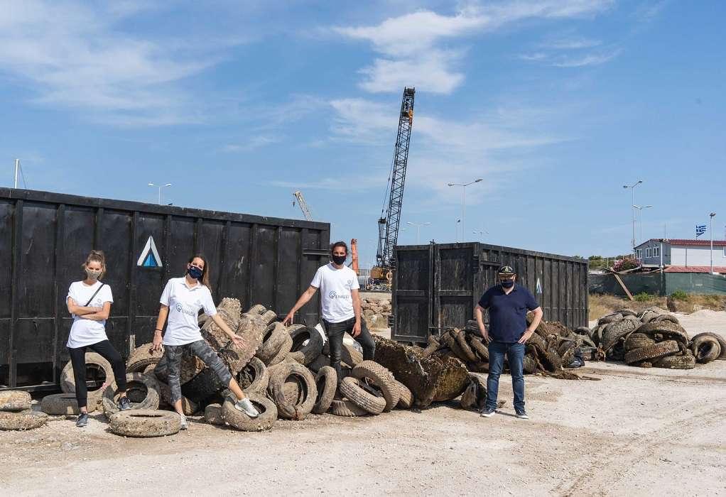 Υπ. Ναυτιλίας: 14,2 Τόνοι απορριμμάτων ανασύρθηκαν από 8 λιμένες
