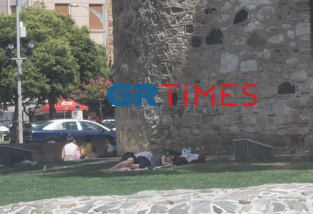 """""""Ψήνεται"""" η Θεσσαλονίκη: Εικόνες lockdown στην παραλία λόγω καύσωνα (ΦΩΤΟ-VIDEO)"""