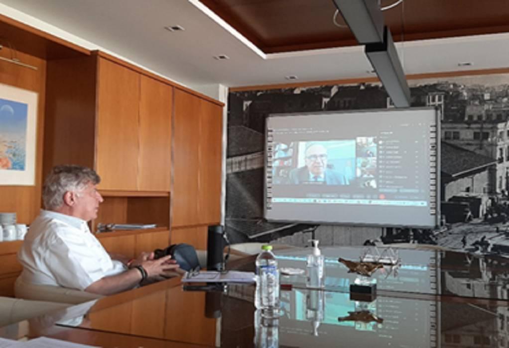 Ο Ν. Παπαθανάσης στη συνεδρίαση του ΔΣ του ΣΕΒΕ