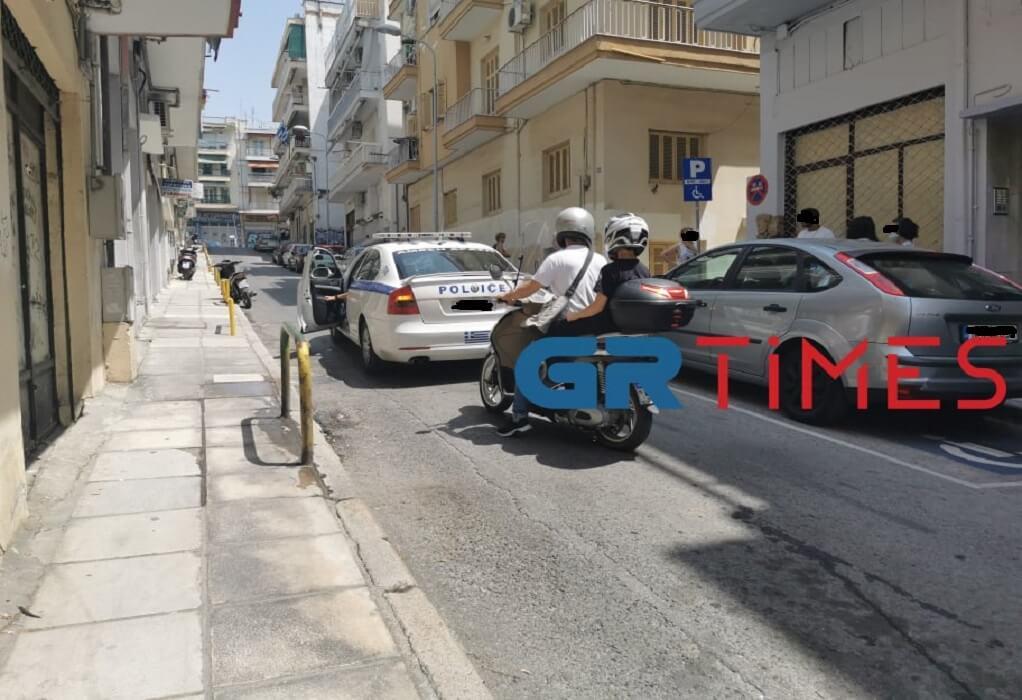 Θεσσαλονίκη: Της άρπαξαν την αλυσίδα από το λαιμό την ώρα που περπατούσε – Τι λέει το θύμα