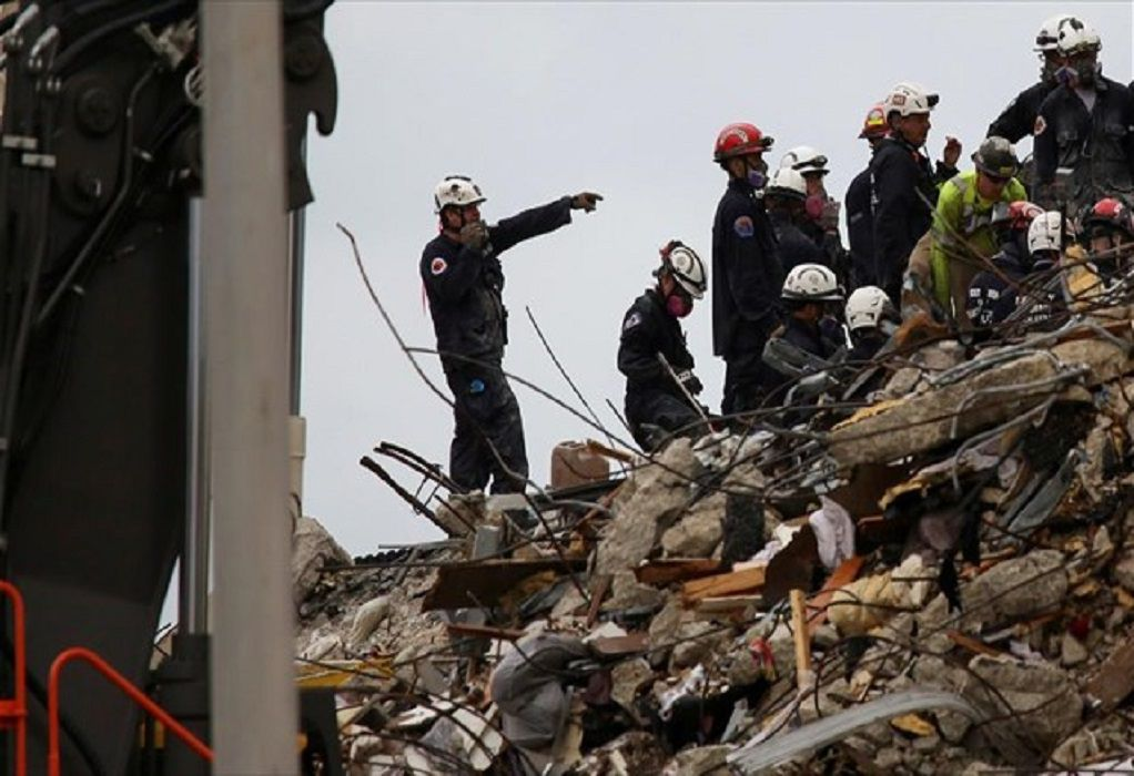 Κατάρρευση κτιρίου στη Φλόριντα: Ξεκίνησαν και πάλι οι έρευνες για τυχόν επιζώντες
