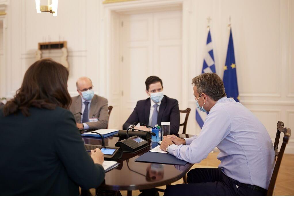 Με τη νέα ηγεσία της Ιατρικής Σχολής Αθηνών συναντήθηκε ο πρωθυπουργός