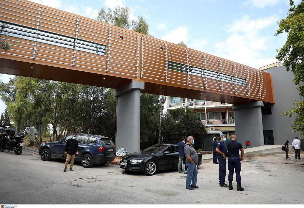 Εγκαινιάστηκε η πεζογέφυρα στο νοσοκομείο «Σωτηρία» (ΦΩΤΟ)