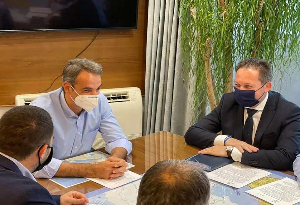 Στη Χαλκίδα με τον πρωθυπουργό ο Στέλιος Πέτσας