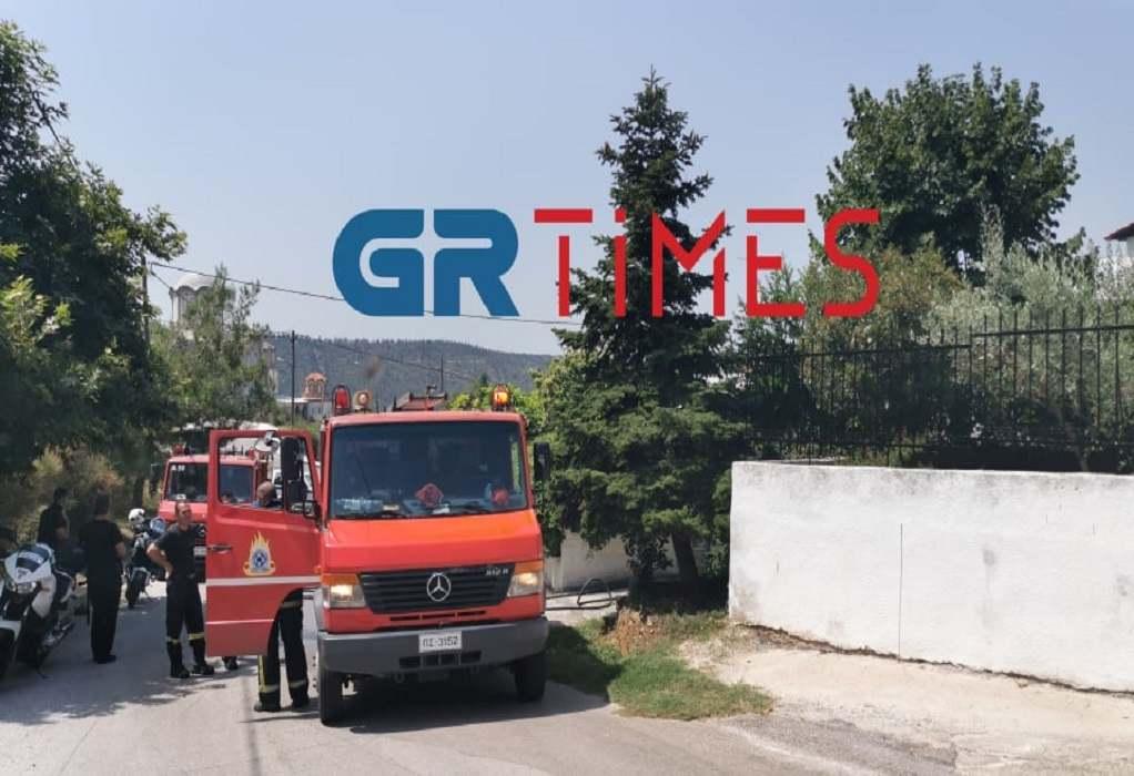 Θεσσαλονίκη: Στις φλόγες κουζίνα σπιτιού – Άμεση επέμβαση της Πυροσβεστικής (ΦΩΤΟ+VIDEO)