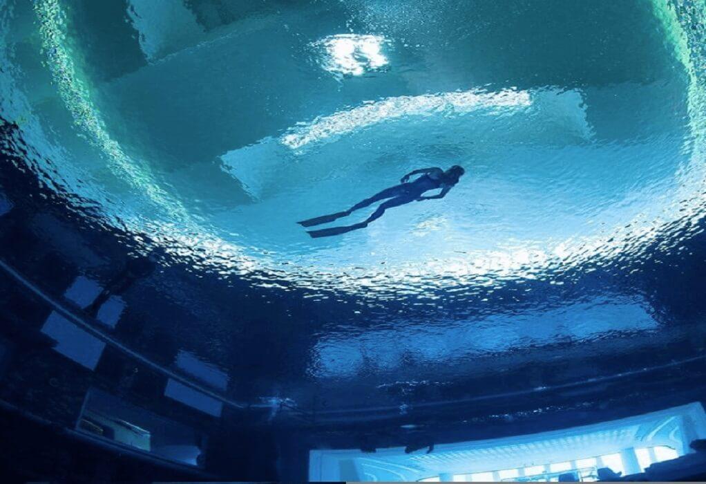 Ντουμπάι: Ρεκόρ Γκίνες για την μεγαλύτερη και βαθύτερη πισίνα του κόσμου!