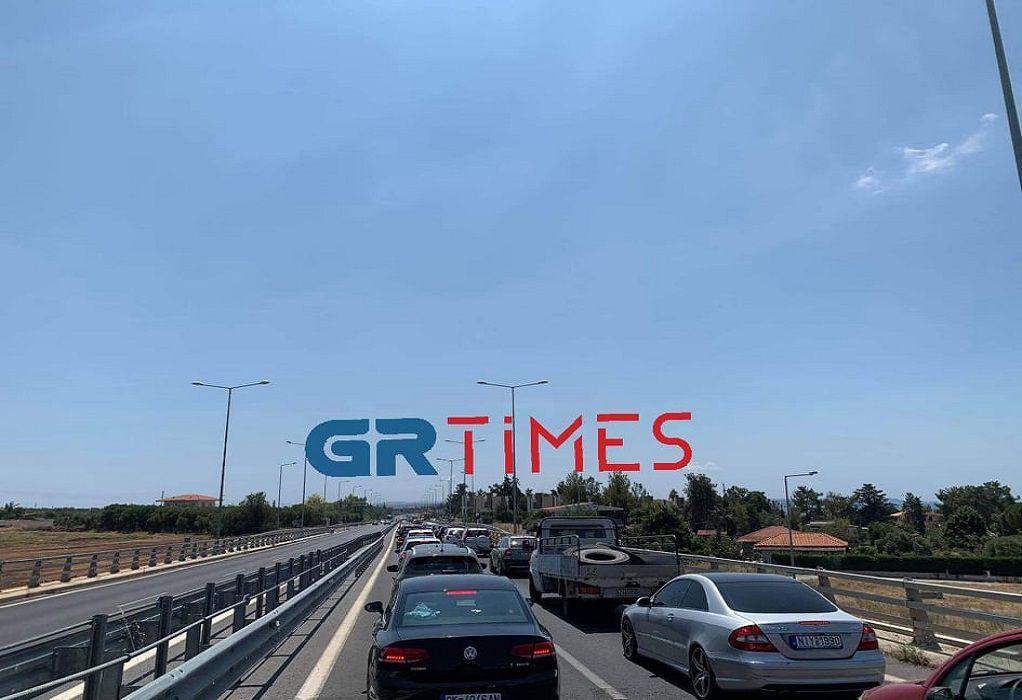 Ξεκίνησε από νωρίς η έξοδος των εκδρομέων προς Χαλκιδική (VIDEO)