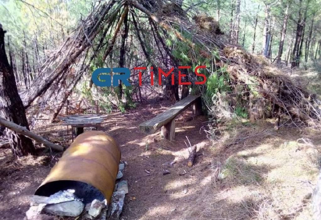 Ντοκουμέντο: Αυτοσχέδιες ψησταριές και κιόσκι κοντά στο σημείο της φωτιάς