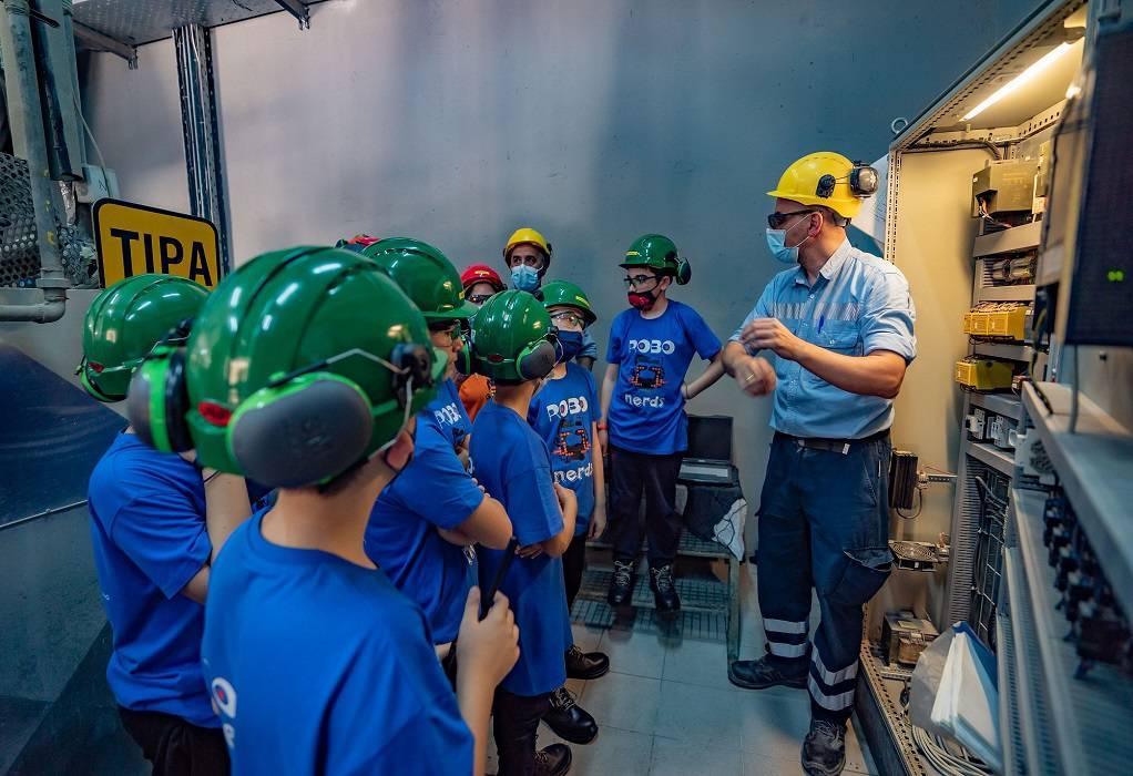 Το εργοστάσιο ΤΙΤΑΝ Ευκαρπίας υποδέχθηκε τους ROBONERDS