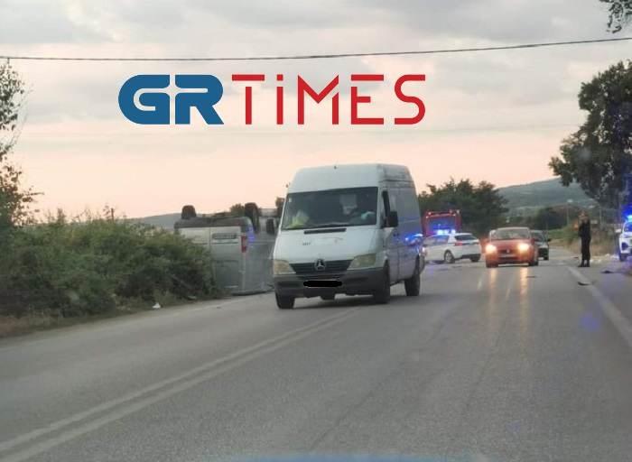 Θεσσαλονίκη: Τραγωδία στον Άγιο Βασίλειο- Δύο νεκροί σε τροχαίο (ΦΩΤΟ)