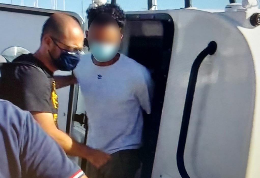 Φολέγανδρος: Στη Νάξο ο δολοφόνος της Γαρυφαλλιάς (VIDEO)