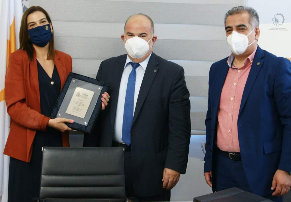 Πρωτόκολλο Συνεργασίας υπέγραψε η ΓΣΕΒΕΕ με την Κυπριακή ΠΟΒΕΚ