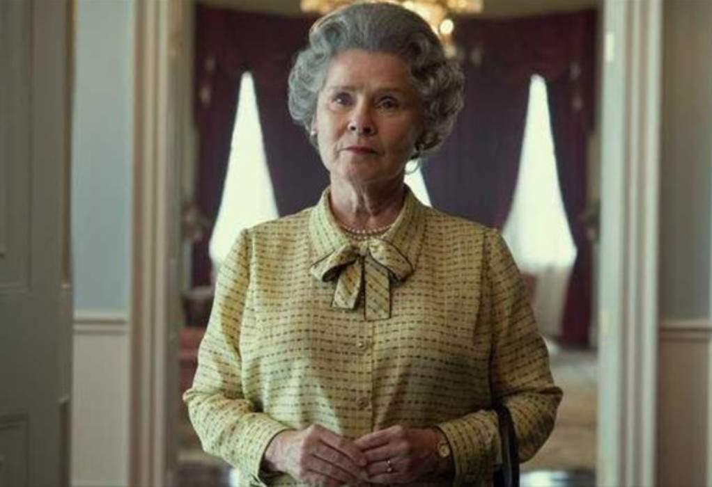 """The Crown"": Η Iμέλντα Στόντον ως βασίλισσα Ελισάβετ"