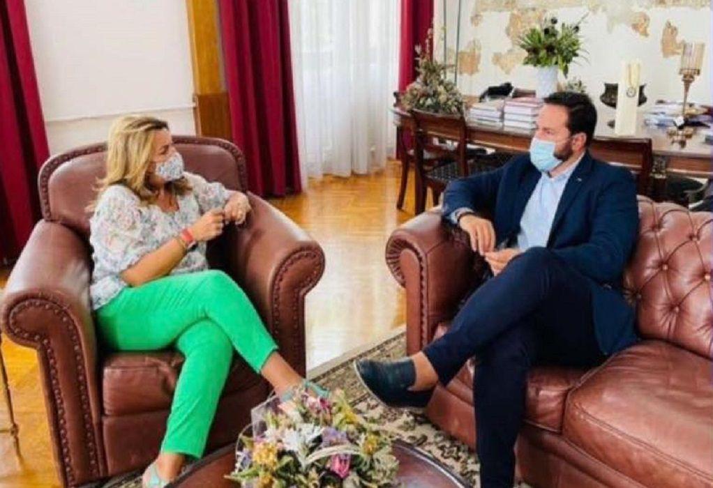 Συνάντηση Διαμαντή Γκολιδάκη με την Μαρία Αντωνίου εν όψει ΔΕΘ
