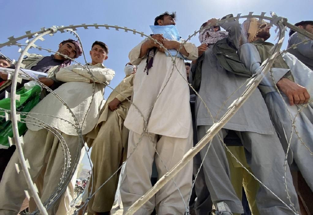 Β.Μακεδονία: 450 πρόσφυγες από το Αφγανιστάν θα φθάσουν στη χώρα