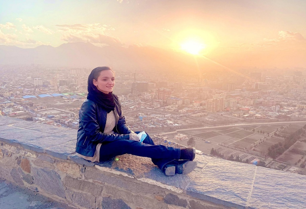 Συγκλονίζει η πρώτη γυναίκα δήμαρχος του Αφγανιστάν: Περιμένω να έρθουν να με σκοτώσουν