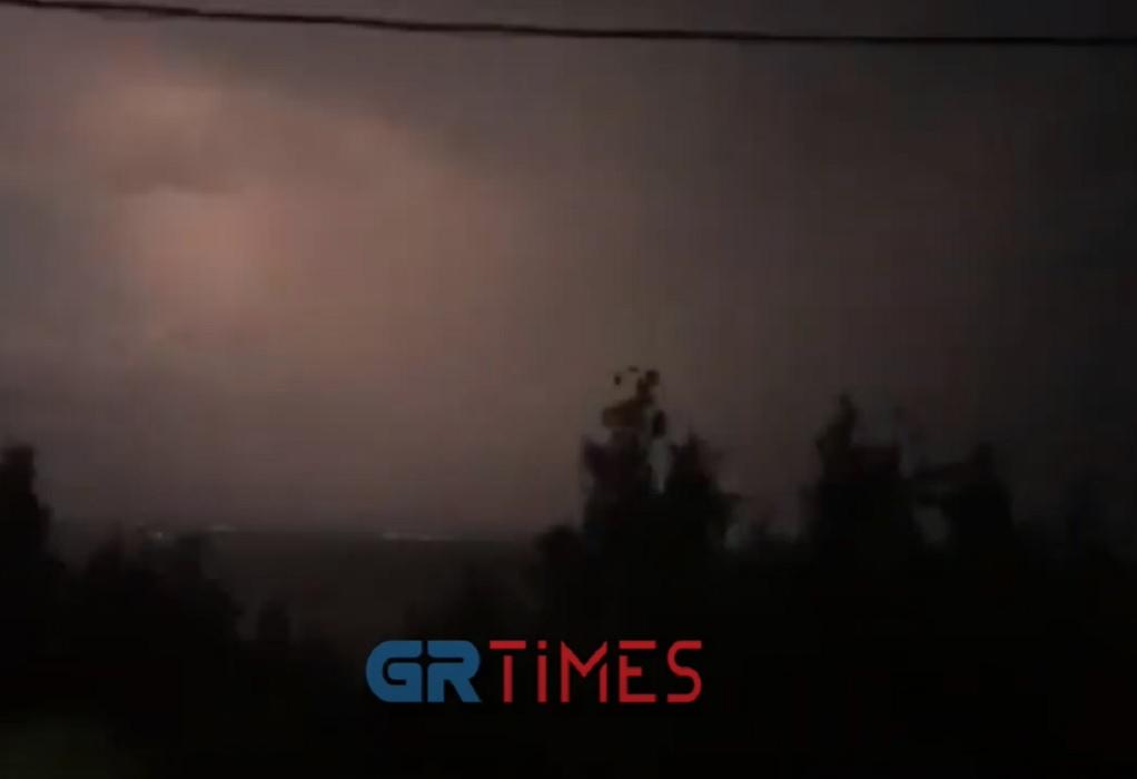 Χαλκιδική: Σφοδρή καταιγίδα και στη Νέα Ποτίδαια (VIDEO)