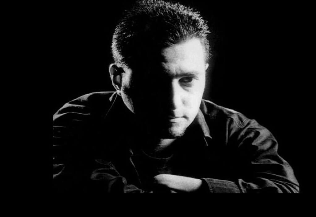 Έφυγε από τη ζωή ο τραγουδιστής των Magic De Spell Νίκος Μαϊντάς