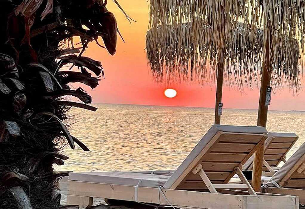 Τα καλύτερα beach bar απέχουν λίγα χιλιόμετρα από Θεσσαλονίκη
