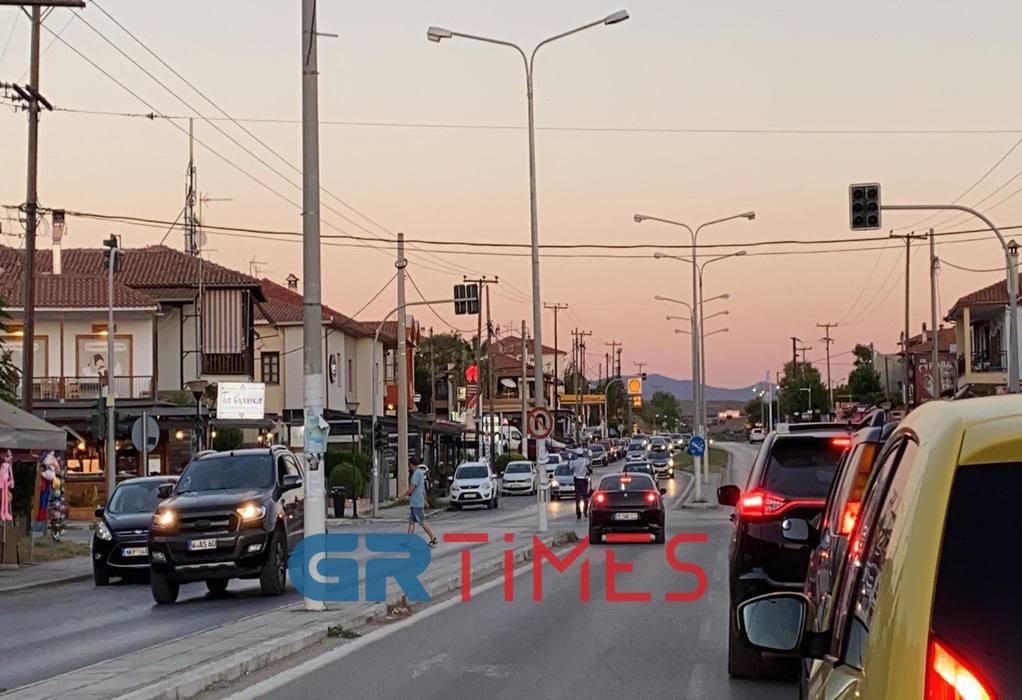 Χαλκιδική: Απίστευτο μποτιλιάρισμα από Σιθωνία προς Θεσσαλονίκη (ΦΩΤΟ-VIDEO)