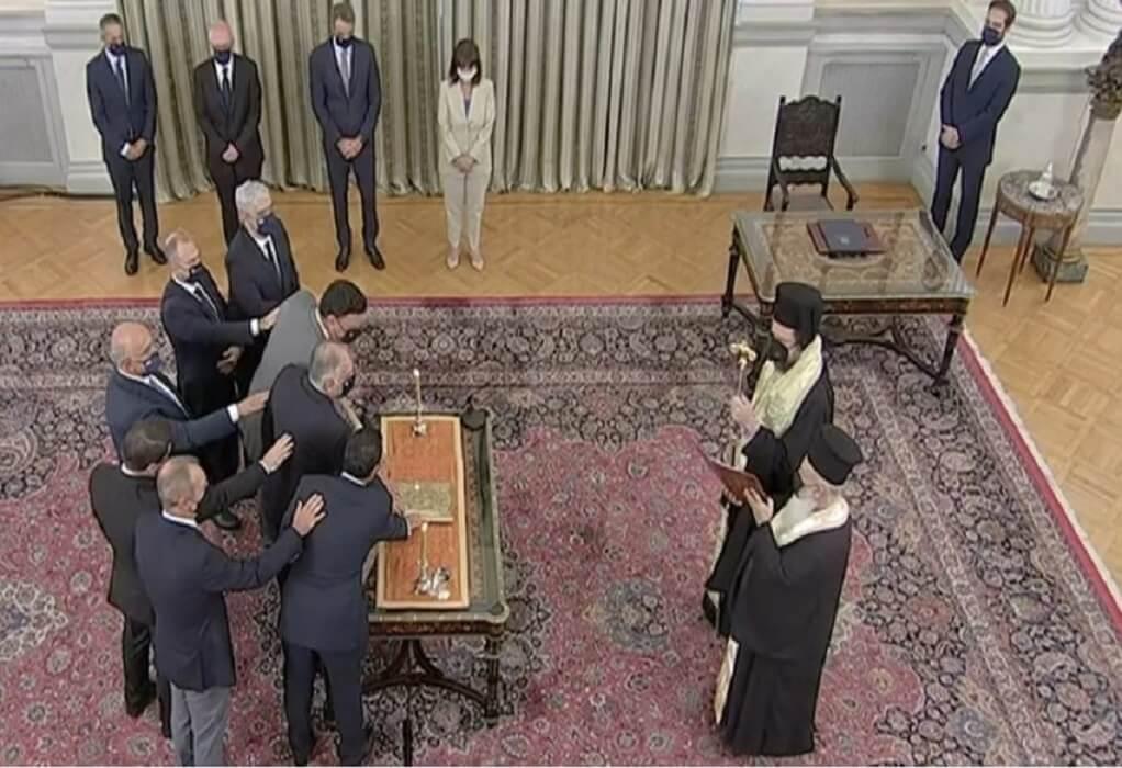 Δείτε live την ορκωμοσία των νέων υπουργών και υφυπουργών