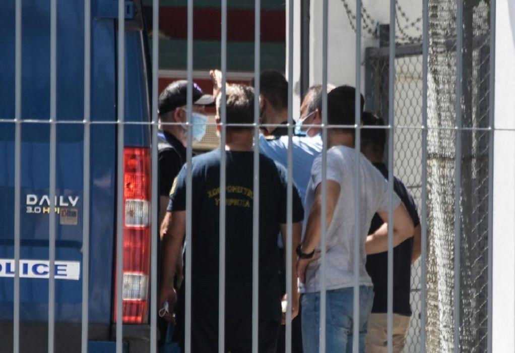 Πέτρος Φιλιππίδης: Δικογραφία με δέκα μαρτυρίες που καίνε τον ηθοποιό
