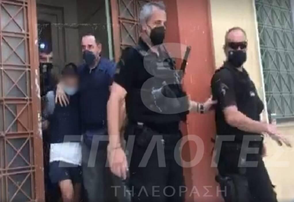 Σέρρες: Προθεσμία για να απολογηθεί πήρε ο 21χρονος δράστης (VIDEO)