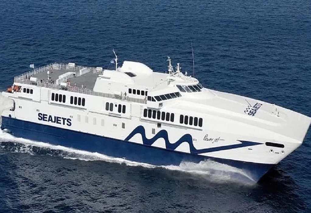 Εισροή υδάτων στο Power Jet – Επέστρεψε στη Σαντορίνη – Ταλαιπωρία για 335 επιβάτες