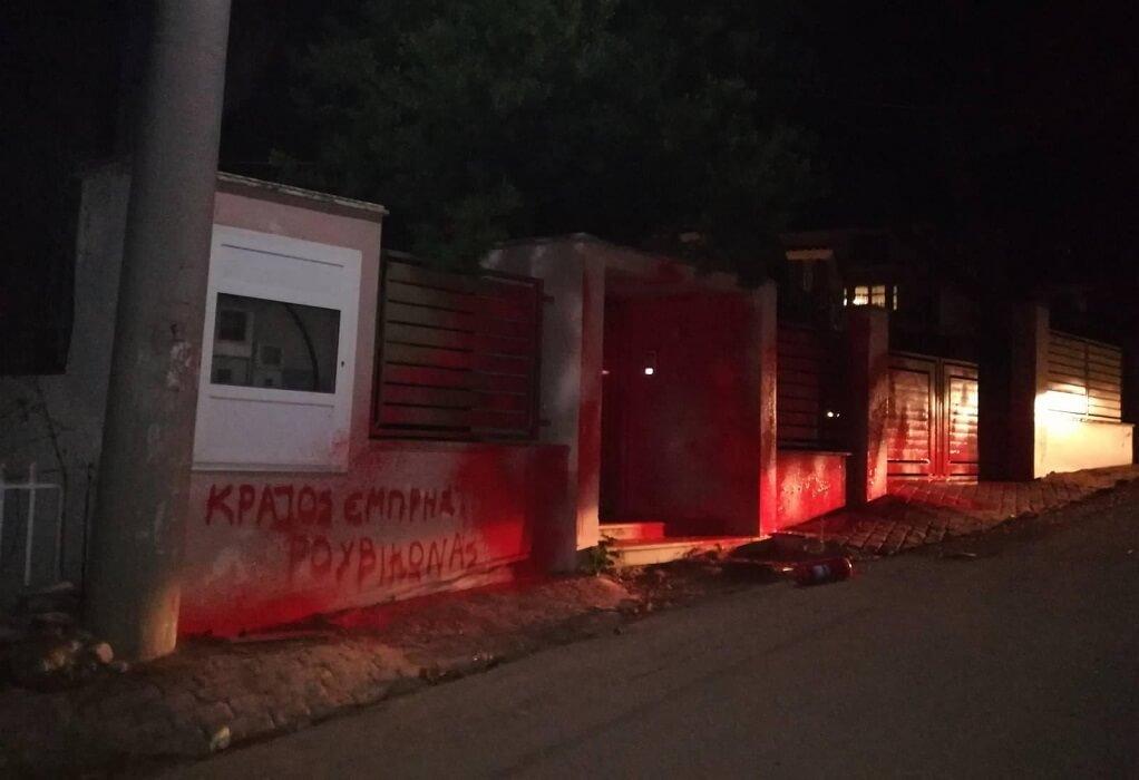 Γαϊτάνης: Η Δημοκρατία δεν εκφοβίζεται – Kαταδικαστέα η επίθεση στο σπίτι του Σκρέκα