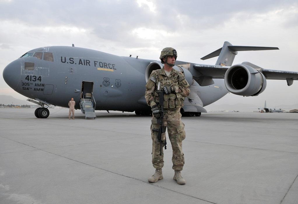 Αφγανιστάν: Τζο Μπάιντεν και Μπόρις Τζόνσον συζητούν για τα σχέδια εκκένωσης