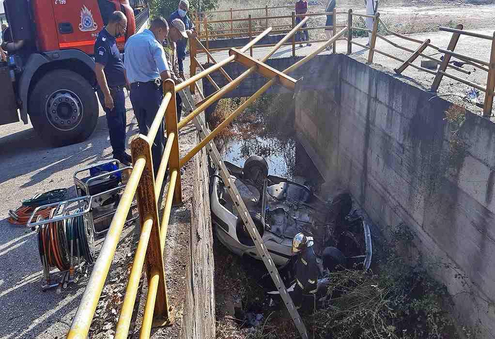 Καβάλα: Ένας νεκρός από τροχαίο με αυτοκίνητο που έπεσε σε αρδευτικό κανάλι