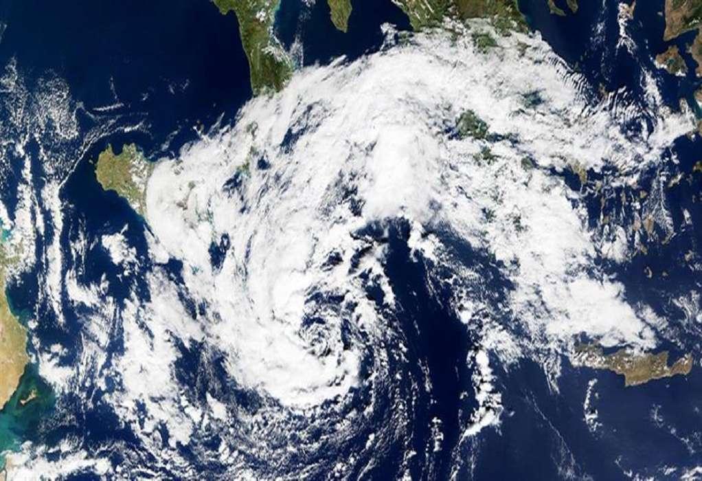 ΗΠΑ: Σε ισχυρό τυφώνα ενισχύθηκε ο τυφώνας Άιντα