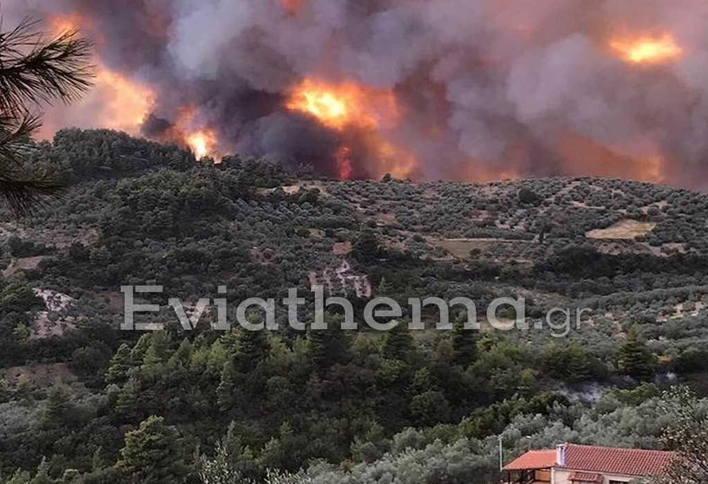 Πυρκαγιά – Εύβοια: Εκκενώνονται και οι οικισμοί Ροβιές και Παλαιοχώρι