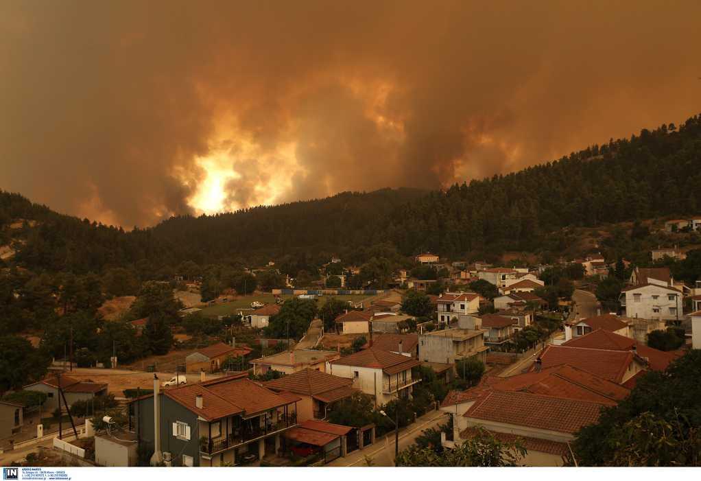 Φωτιά στην Εύβοια: Γαλατσώνα, Γούβες, Γαλατσάδες, Καματριάδες τα πύρινα μέτωπα