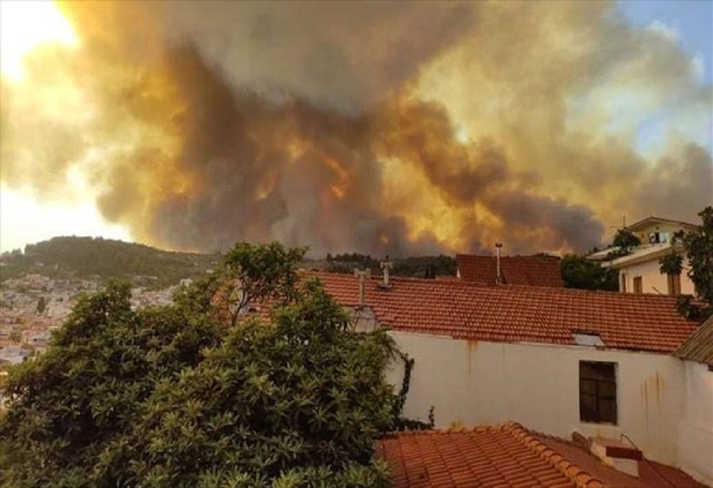 Φωτιά Εύβοια: Στους 631 οι διασωθέντες, από τα μεσάνυχτα έως αυτήν την ώρα