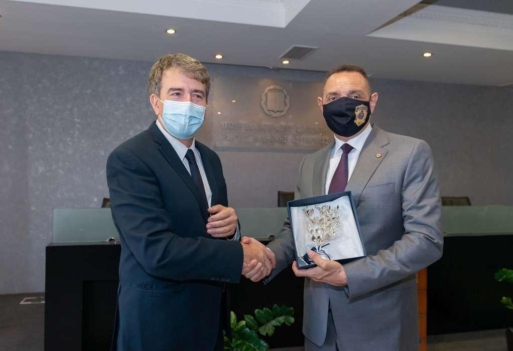 Συνάντηση Χρυσοχοΐδη-Βούλιν: Συμφωνία για κοινές περιπολίες σε τουριστικές περιοχές