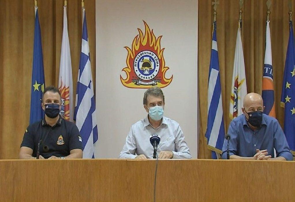 Μ. Χρυσοχοΐδης: Σε επιφυλακή το τριήμερο – Οριοθετήθηκε η πυρκαγιά στα Βίλια