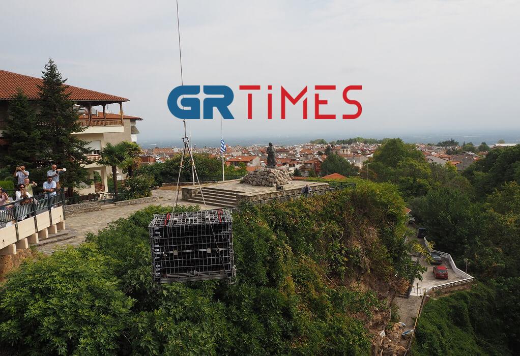 Το GRTimes στη Νάουσα: 600 φιάλες ξινόμαυρο στα νερά του ποταμού Αράπιτσα (ΦΩΤΟ-VIDEO)
