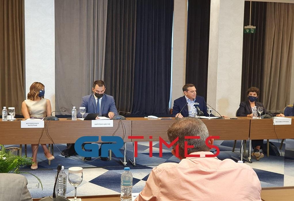 Αλ. Τσίπρας: Σε μηχανική υποστήριξη ακόμη επιχειρήσεις και οικονομία (ΦΩΤΟ)