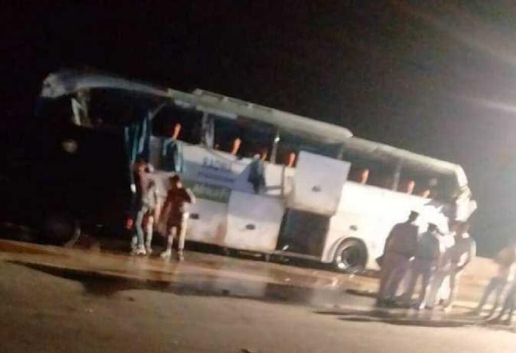Αίγυπτος: 12 άνθρωποι σκοτώθηκαν σε ανατροπή λεωφορείου στο Σουέζ