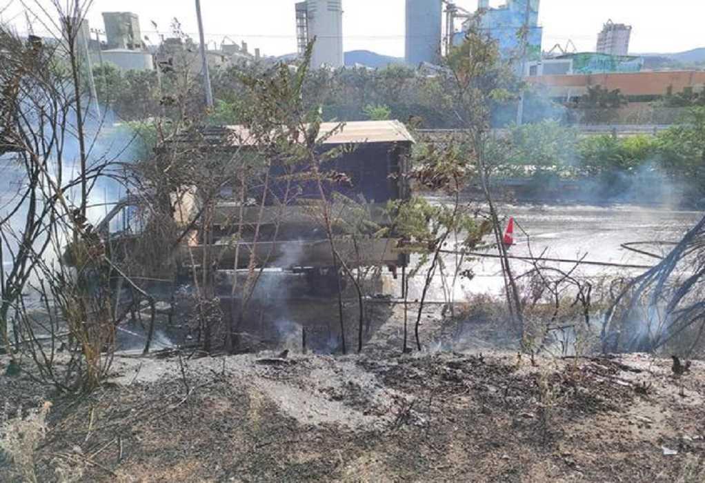 Θεσσαλονίκη: Αυτοκίνητο κάηκε ολοσχερώς στο Δερβένι (ΦΩΤΟ)